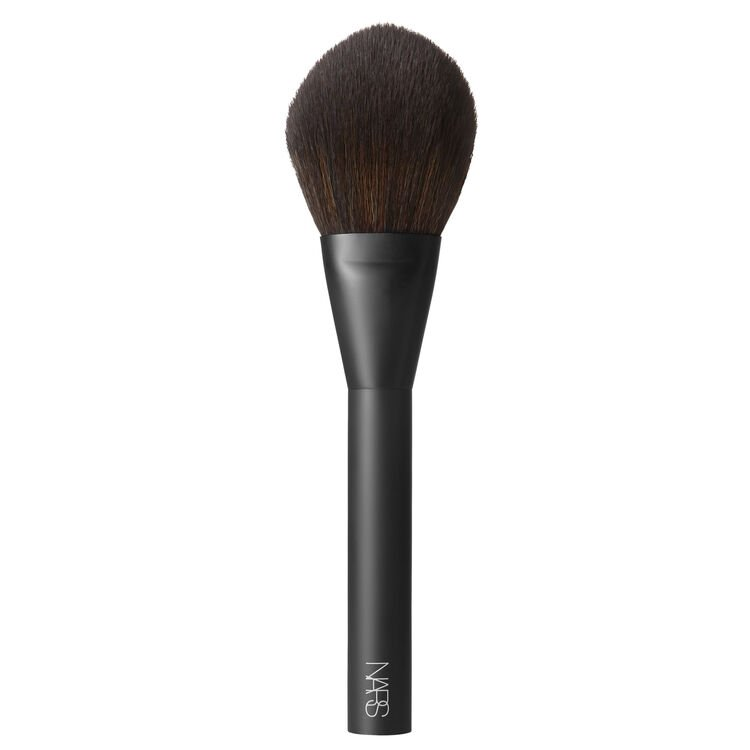 #13 Powder Brush, NARS Net binnen